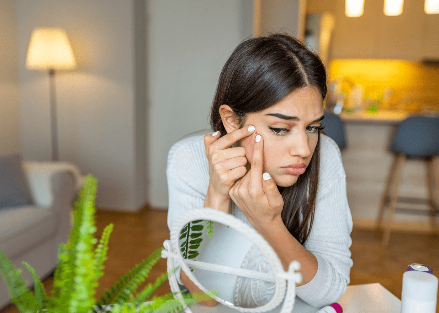Experts share why you're experiencing acne breakouts during quarantine and how to prep your skin for post-CB : IDS Dermashield Serum